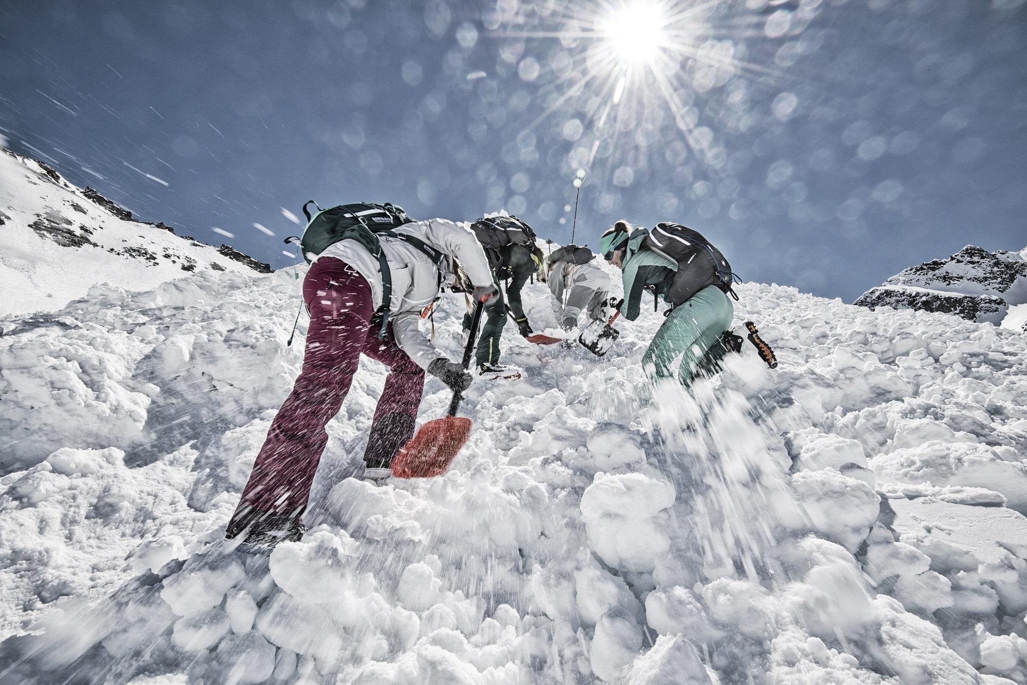 supraviețuire-în-caz-de-avalanșă